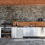 Top 5 Reasons Why You Should Have an Outdoor Kitchen